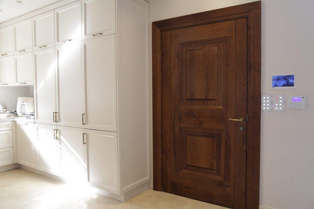 דלתות אורן