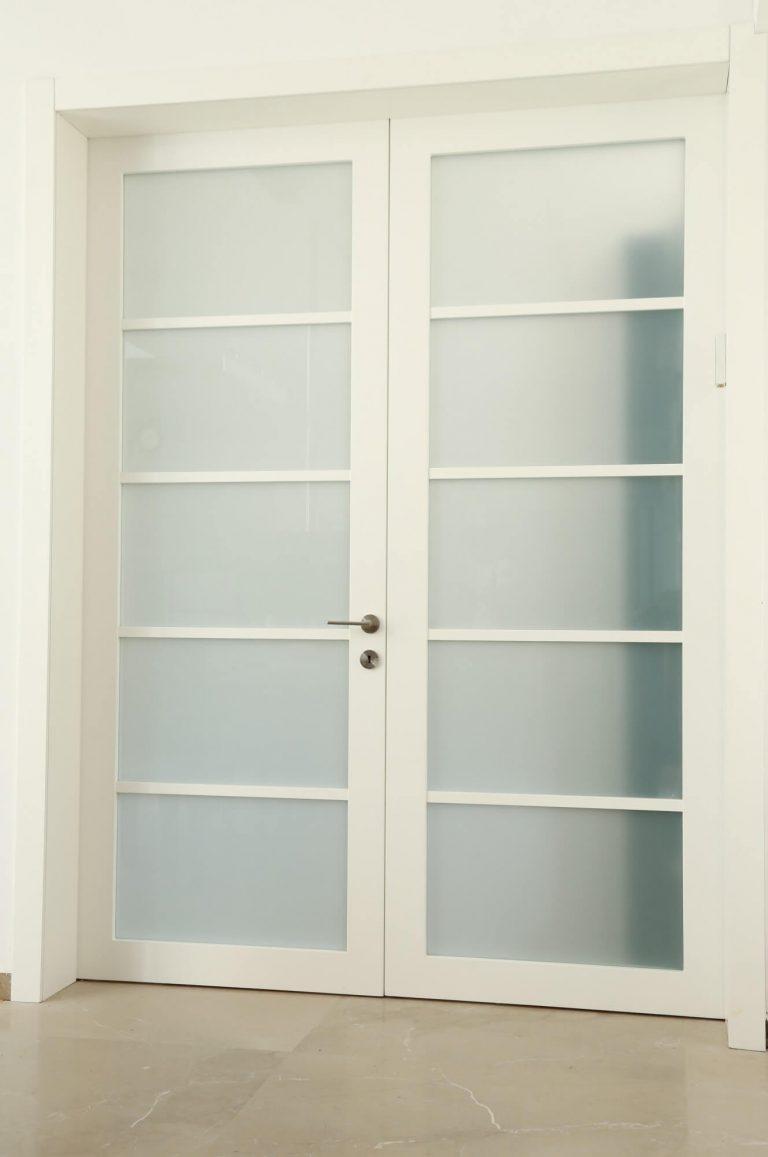 דלת בסגנון יפני