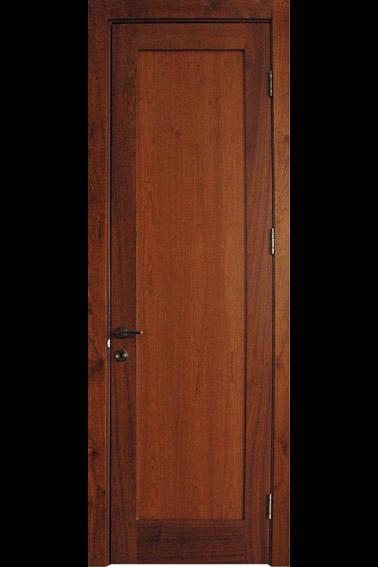 דלת עץ מהוגני