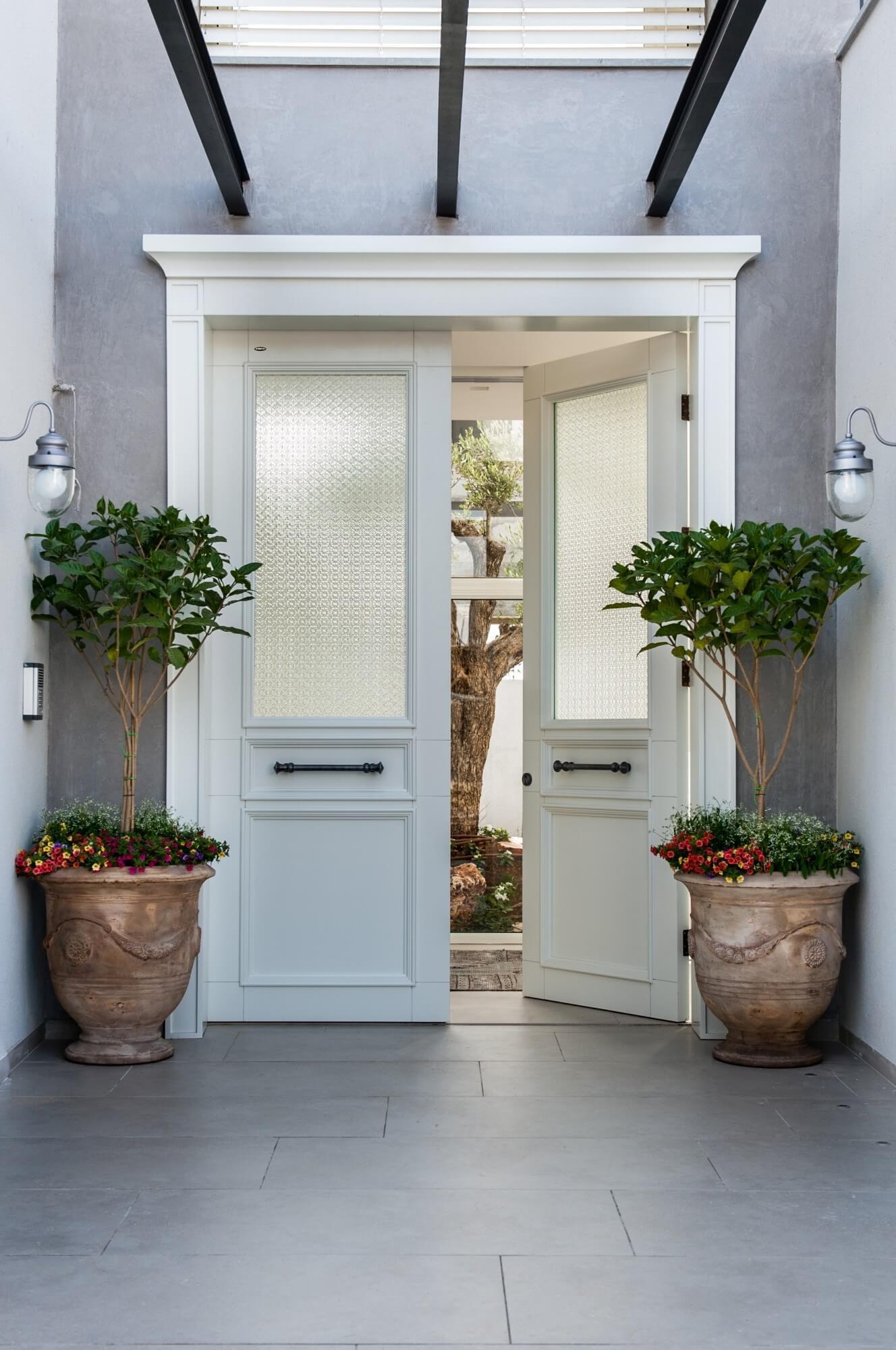 דלתות חוץ מעוצבות - איך בוחרים?