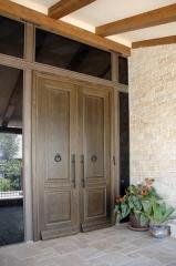 דלת כניסה כפולה קלאסית