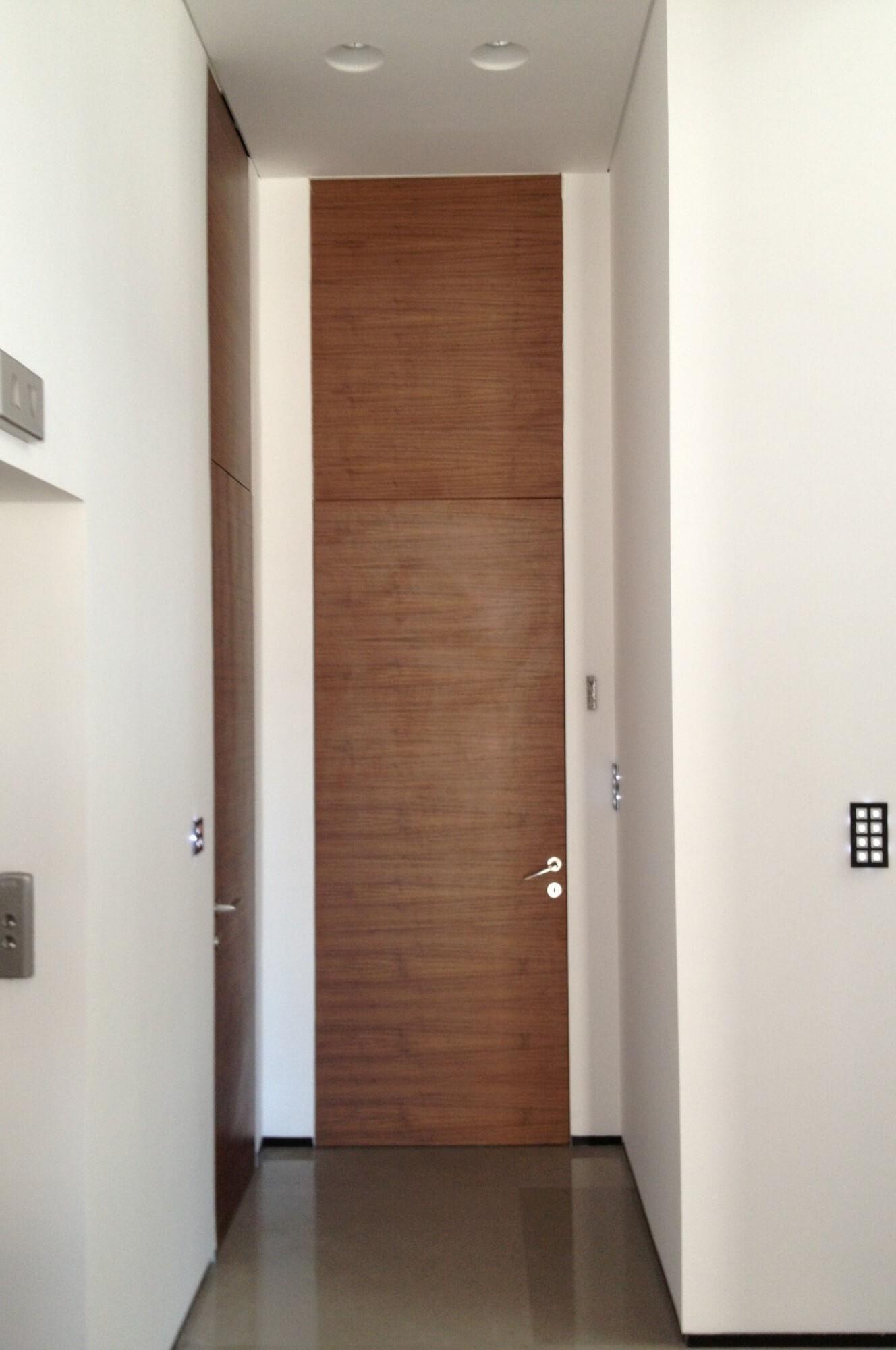 דלת פורניר